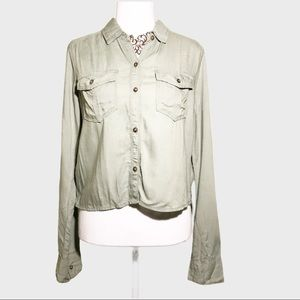 NWT Hollister long sleeves button down XS